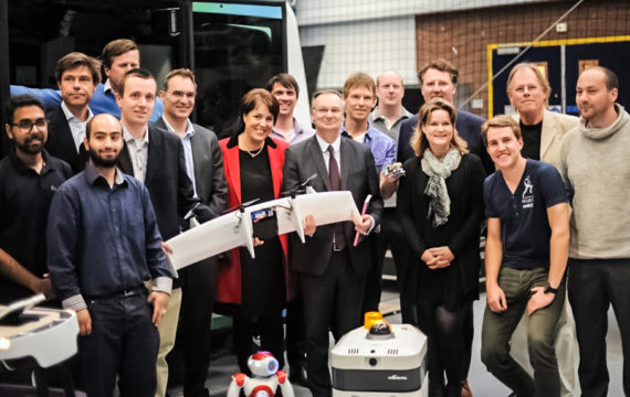 Accenture invests 500.000 euros in Dutch robotics innovation hub