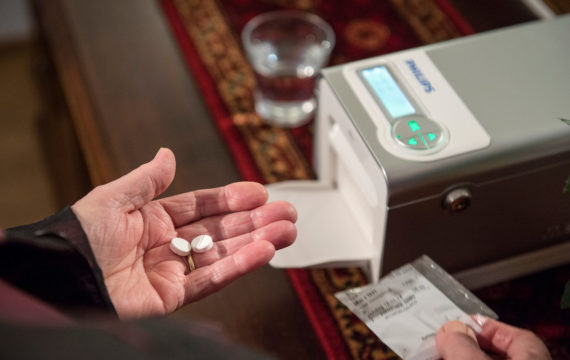 Connected medication dispenser increases medication adherence