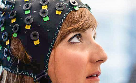 Completely Locked-in People able to Communicate via Brain-Computer Interface