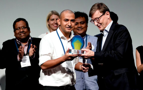 Smart Glove Wins World Health Summit Startup Award 2018